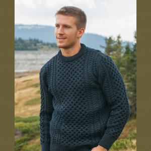 Aran Crew Sweater in Blackwatch