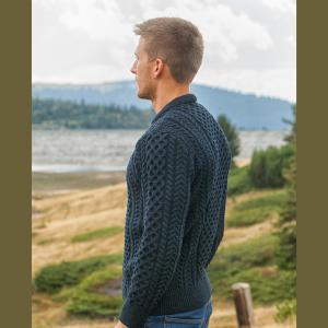 Aran Crew Sweater in Blackwatch Side