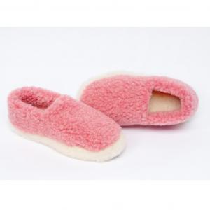pink-slippers-wool